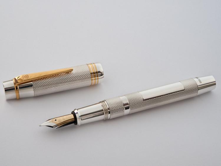 Onoto Magna Classic Sterling Silver fountain pen-9888