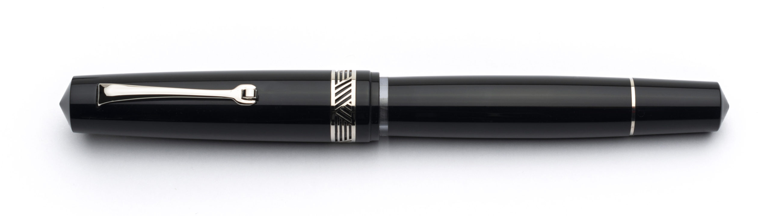Leonardo Magico Glossy Black Silver